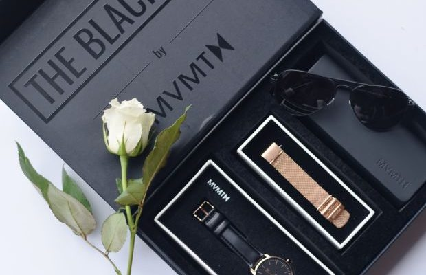 Giveaway: WIN a Gorgeous Watch Gift Box for Valentine's Day!