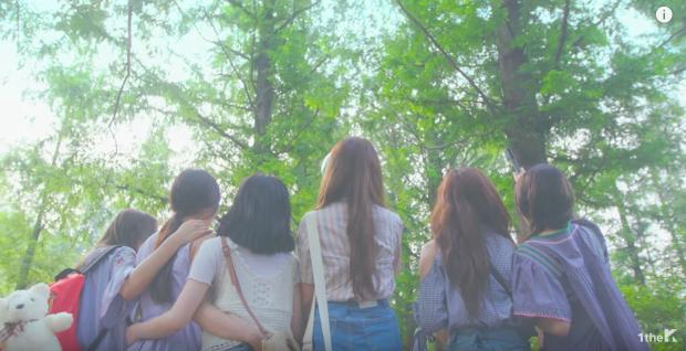 "K-Pop Fashion Inspiration: GFRIEND's ""Love Whisper"" Music Video"
